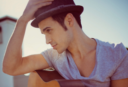 "Ear Candy >> Kris Allen – ""Lights"" (Ellie Goulding cover)"