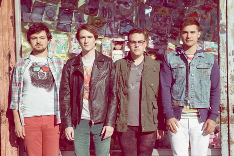"Music Video >> Walk The Moon – ""Tightrope"""