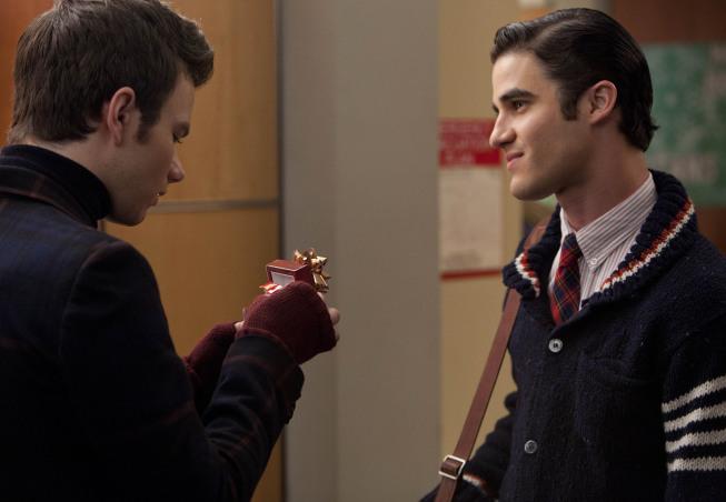 'Glee' Showrunner Shares Previously Unaired KlaineScene
