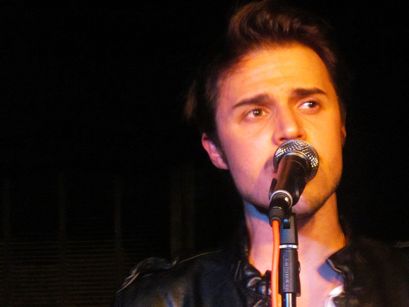 Kris Allen: Total Request Idol