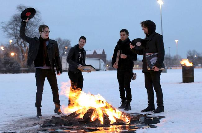 Fall Out Boy Release New Single + TourDates