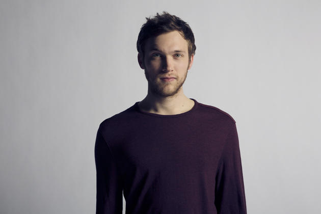 "Music Video >> Phillip Phillips – ""Raging Fire"""