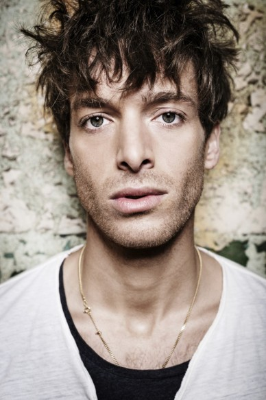 Paolo-Nutini-Press-Photo-1-Photo-Credit-Shamil-Tanna