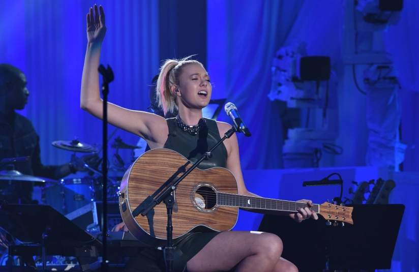 Review >> 'American Idol' – Showcase #3